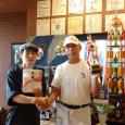 平成28年9月17日・18日に開催された「フードスタジアム」~おおいたB級グルメNO.1決定戦~にて、当研究会会員の「亀吉」さんが『つくみ山椒なんこつのテール焼』で出場し、見事優勝・グランプリを獲得しました!! 亀吉さんは以前も『まぐろ四食餃子』でグランプリを獲得しており、今回は二回目の受賞となりました。 これを記念して、津久見の養殖本マグロ 【ヨコヅーナ】を大特価で提供中(通常のマグロ料理を、価格はそのままで本マグロに!) 9/22~無くなり次第終了ですので、お早めにどうぞ~!