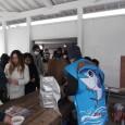 平成30年2月11日(日) つくみイルカ島の入場者数50万人突破イベント「GO!GO!フェスタ」にてまぐろの解体ショーとまぐろ山椒鍋の無料配布を行いました。当日は小雪が舞い風の強いなかたくさんの方々に並んでいただきありがとうございました!